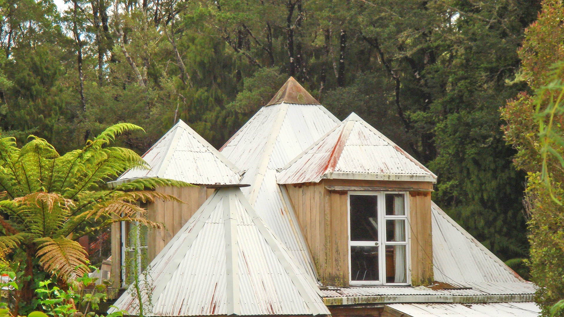 Pyramid house roof